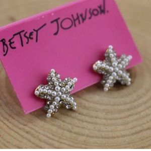 NWT Betsey Johnson star fish earrings